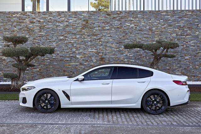 BMW 8-Series đầu tiên về Việt Nam: Giá gần 7 tỷ, to ngang 7-Series nhưng khác biệt hoàn toàn, đấu Porsche Panamera - Ảnh 2.