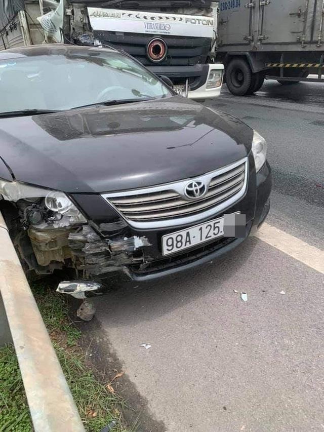 Chủ Camry vừa đăng bán xe, vài tiếng sau đã gặp tai nạn kinh hoàng trên cao tốc - Ảnh 2.