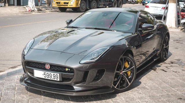 Siêu báo Jaguar F-Type R Coupe độc nhất Việt Nam bán lại giá hơn 5 tỷ đồng, ODO là chi tiết gây chú ý - Ảnh 5.
