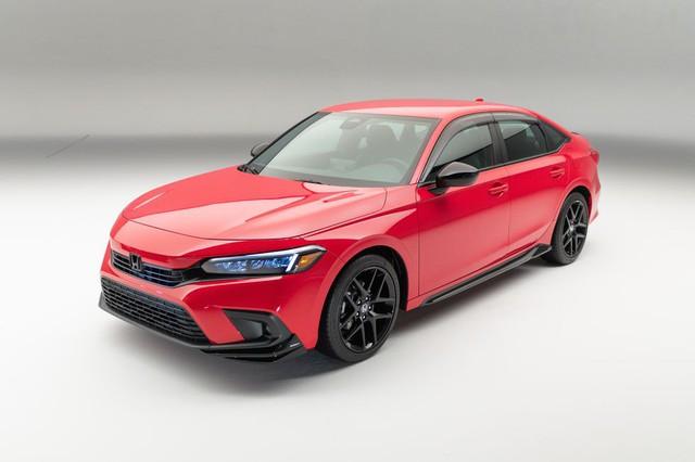 Chi tiết Honda Civic 2022 ngoài đời thực: Sang chảnh hơn, giảm chất thể thao, thêm nhiều trang bị bắt kịp thời đại, phả hơi nóng lên Mazda3 - Ảnh 4.