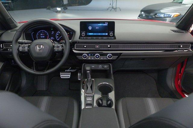 Chi tiết Honda Civic 2022 ngoài đời thực: Sang chảnh hơn, giảm chất thể thao, thêm nhiều trang bị bắt kịp thời đại, phả hơi nóng lên Mazda3 - Ảnh 8.