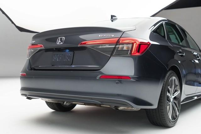 Chi tiết Honda Civic 2022 ngoài đời thực: Sang chảnh hơn, giảm chất thể thao, thêm nhiều trang bị bắt kịp thời đại, phả hơi nóng lên Mazda3 - Ảnh 13.