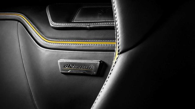 Ferrari 812 Superfast độ nội thất vàng đen hút mắt - Gợi ý hoàn hảo cho đại gia Việt - Ảnh 6.