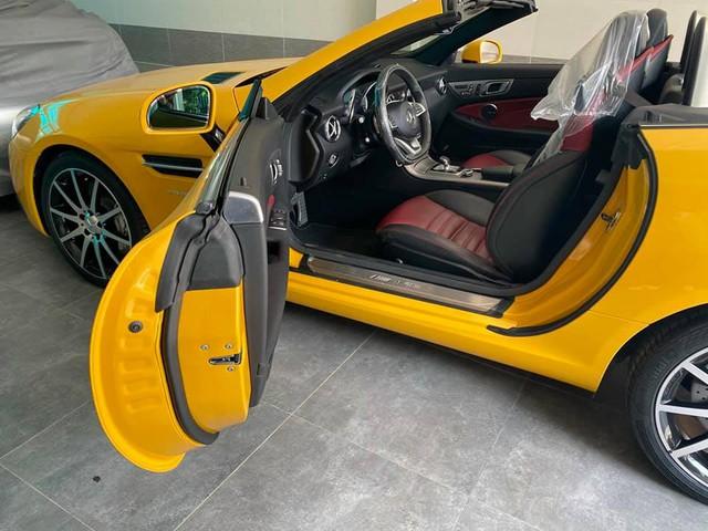 Trải nghiệm Mercedes-Benz SLC 43 kiểu dân chơi: Bán lại giá 3,2 tỷ sau 300km, nội thất chưa bóc hết nilon - Ảnh 3.