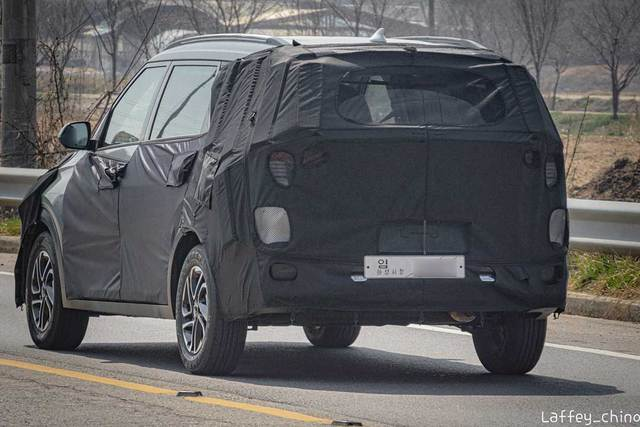Kia Sedona sắp có đàn em MPV cỡ nhỏ, rẻ hơn để đấu Mitsubishi Xpander - Ảnh 5.