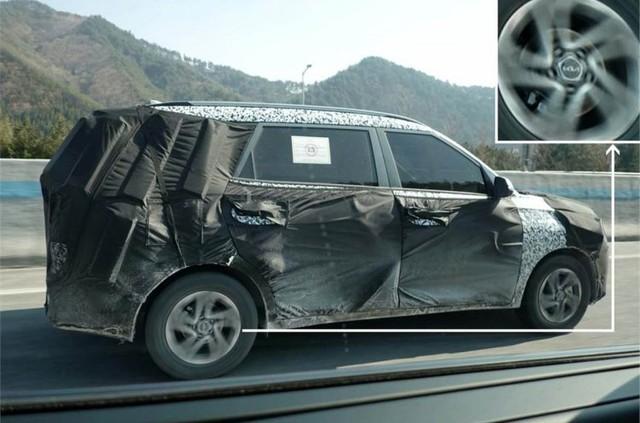 Kia Sedona sắp có đàn em MPV cỡ nhỏ, rẻ hơn để đấu Mitsubishi Xpander - Ảnh 2.