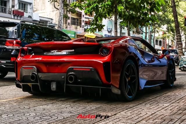 Cận cảnh Ferrari 488 Pista Spider thứ hai về Việt Nam: Nhiều chi tiết carbon gây ấn tượng về mặt thị giác - Ảnh 4.