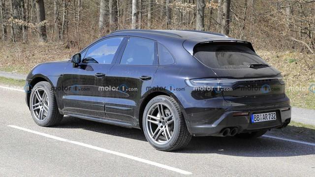 Hé lộ nội thất Porsche Macan mới sắp ra mắt: Vô-lăng mới, bỏ bớt nút bấm - Ảnh 4.
