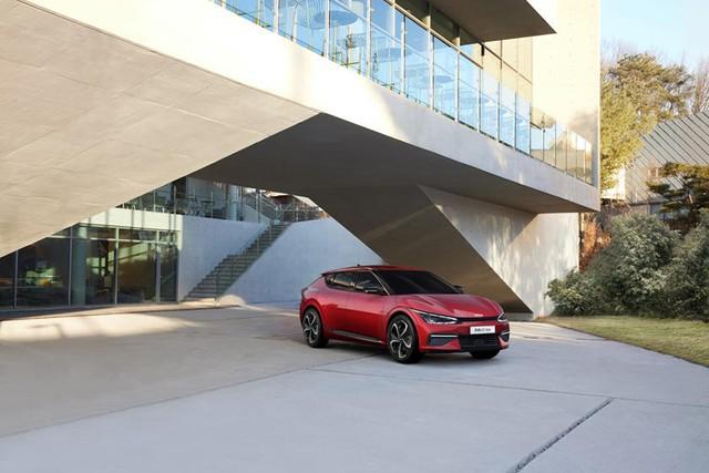 Kia EV6 tăng tốc nhanh hơn siêu xe và 4 điểm nhấn khác cần biết - Ảnh 3.