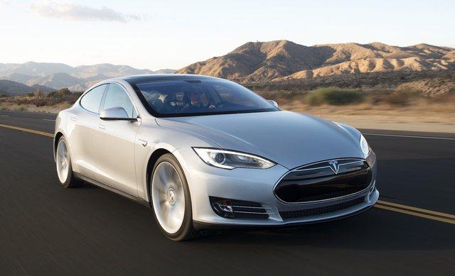 Porsche Cayenne, Tesla Model S từng bị ghét cay ghét đắng giống Ford Mustang Mach-E nhưng sau đó lại thuyết phục tất cả - Ảnh 4.