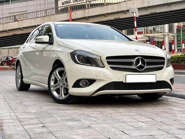 Mới chạy 50.000km, chiếc Mercedes-Benz nhập khẩu này có giá thấp hơn cả Toyota Yaris - Ảnh 4.