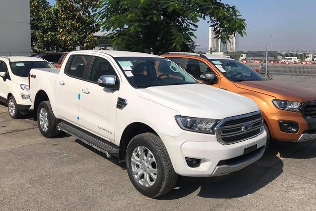 Đại lý bán Ford Ranger bia kèm lạc cao nhất 70 triệu đồng - Lô xe nhập Thái cuối cùng trước khi chuyển sang lắp ráp trong nước - Ảnh 3.