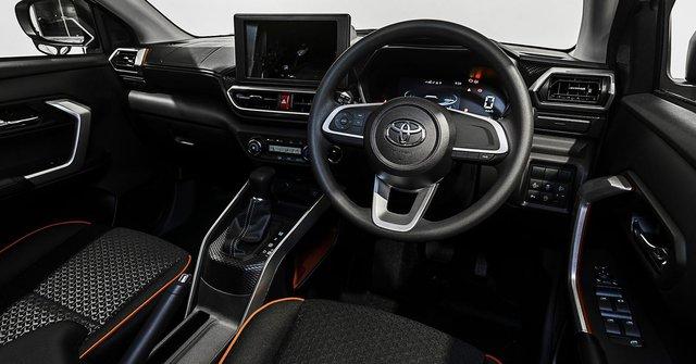SUV cỡ nhỏ đua ra mắt Việt Nam: Sonet và Raize mở phân khúc giá rẻ, CX-30 cạnh tranh Corolla Cross - Ảnh 12.