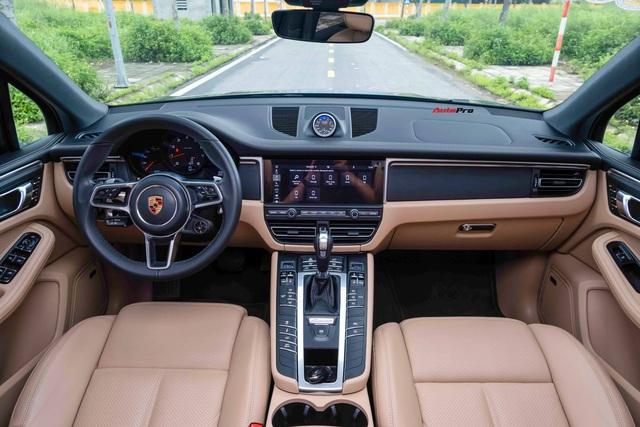 Trải nghiệm 8.000km, đại gia bán lại Porsche Macan với giá 'rẻ hơn 500 triệu đồng' - Ảnh 3.