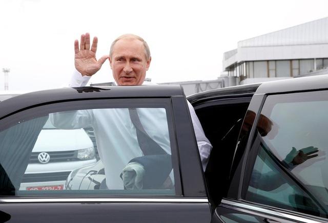 Chiếc xe người Nga mượn cho tổng thống Putin: Siêu khủng! - Ảnh 3.