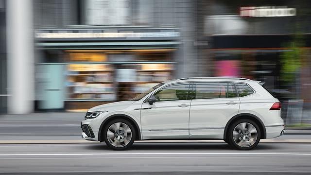 Ra mắt Volkswagen Tiguan Allspace 2022: Thêm đèn ma trận, màn hình lớn, sẽ về Việt Nam cạnh tranh Mercedes-Benz GLB - Ảnh 2.