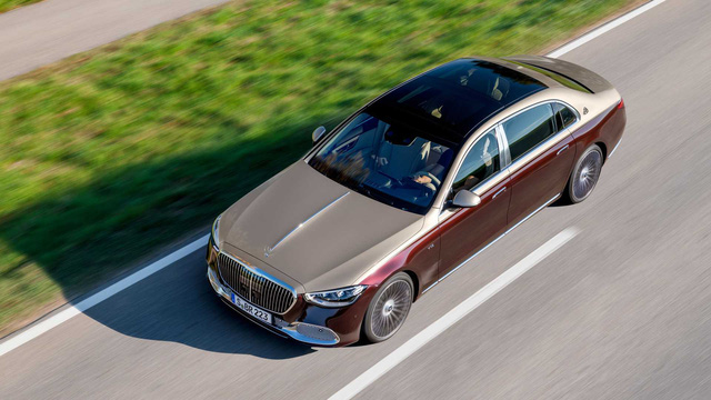 Mercedes-Maybach S 680 chốt giá quy đổi 8,6 tỷ đồng, đắt đỏ hơn Rolls-Royce Ghost - Ảnh 1.