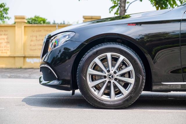 Chạy lướt 20.000km, Mercedes-Benz E-Class hạ giá chỉ đắt hơn Honda Accord lăn bánh khoảng 300 triệu đồng - Ảnh 3.