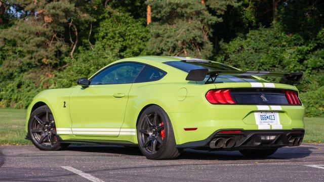 Để lấy danh hiệu xe thể thao bán chạy nhất thế giới, Ford Mustang phải đánh đổi điều này - Ảnh 2.