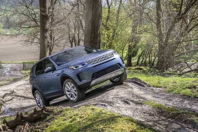 Range Rover Evoque và Discovery Sport thế hệ mới chuẩn bị thay đổi khung gầm tối ưu cho động cơ điện - Ảnh 2.