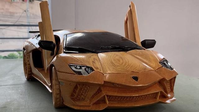 Cộng đồng quốc tế thán phục thợ Việt chế tác Lamborghini Aventador S bằng gỗ