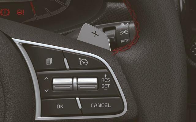 Xe hot Kia Sonet và Seltos 2021 ra mắt: Giá quy đổi từ 211 triệu đồng, thêm nhiều tính năng - Ảnh 2.