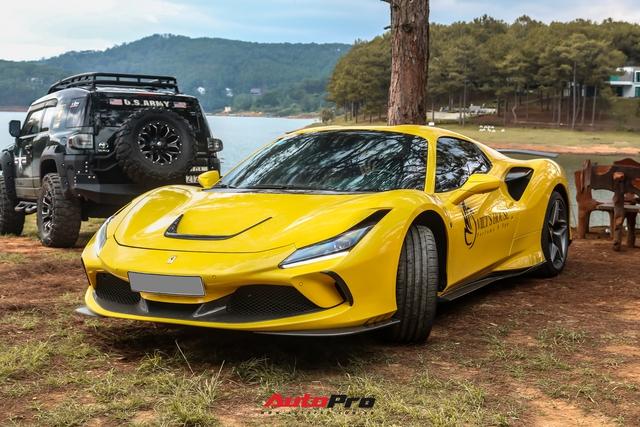 Ferrari F8 Spider của nữ doanh nhân cà phê 9x nâng cấp hàng loạt đồ chơi hàng hiệu - Ảnh 3.