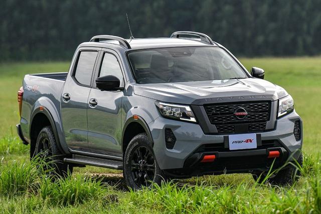 Đây là khác biệt giữa 4 bản Nissan Navara 2021 vừa ra mắt Việt Nam: Chọn full option hay mua bản tiêu chuẩn dư gần 200 triệu? - Ảnh 4.