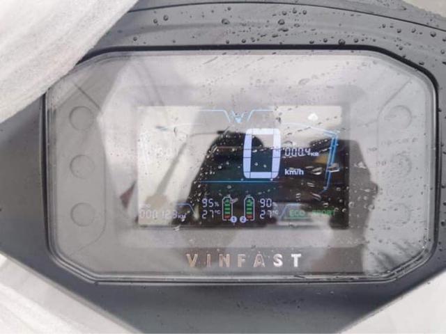 VinFast Vento lộ diện trần trụi trước giờ G: Dáng như Klara S, nhiều trang bị xịn hơn, sẽ ra mắt tháng sau - Ảnh 4.