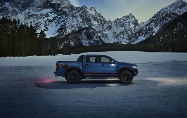 Ford Ranger Raptor 2021 bổ sung phiên bản đặc biệt với điểm nhấn từ nội thất - Ảnh 3.