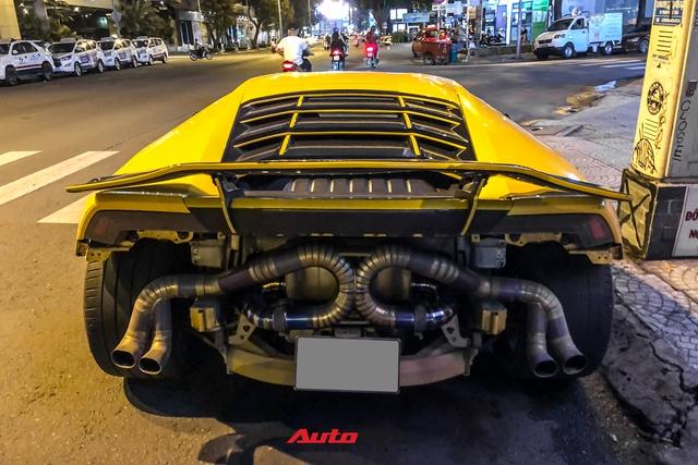 Lamborghini Huracan từng của doanh nhân Nguyễn Quốc Cường độ phong cách cởi truồng cực dị - Ảnh 3.