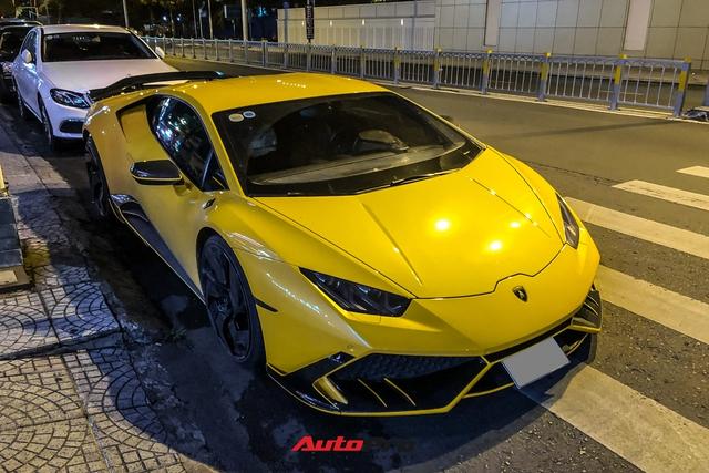 Lamborghini Huracan từng của doanh nhân Nguyễn Quốc Cường độ phong cách cởi truồng cực dị - Ảnh 5.