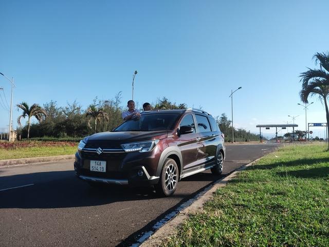 Đổi từ Toyota Innova sang Suzuki XL7, người dùng đánh giá: Vận hành kém, còn mọi thứ khác đều ăn đứt, tiết kiệm vài trăm triệu - Ảnh 2.