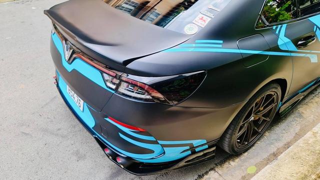 Chủ xe chi hơn 400 triệu độ VinFast Lux A2.0: Đèn pha phong cách Rolls-Royce, có chi tiết giống President - Ảnh 5.