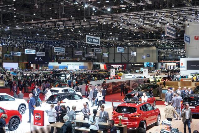 Geneva Motor Show trở lại, hàng loạt 'bom tấn' chờ ngày ra mắt - Ảnh 1.