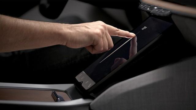 Xu hướng màn hình lớn lên ngôi: Mẫu ô tô này dùng hẳn màn hình cong 34 inch, phân giải 5K, giao diện sử dụng lạ mắt - Ảnh 3.