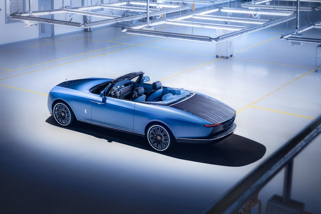 Xe đắt nhất thế giới Rolls-Royce Boat Tail: Giá quy đổi 670 tỷ, nếu về nước có thể lên tới 2.000 tỷ đồng - Ảnh 1.