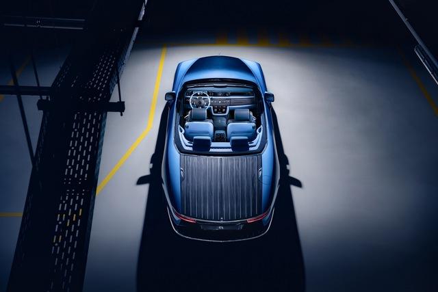 Lộ diện chủ nhân siêu khủng đứng sau Rolls-Royce Boat Tail đắt giá nhất thế giới? - Ảnh 2.