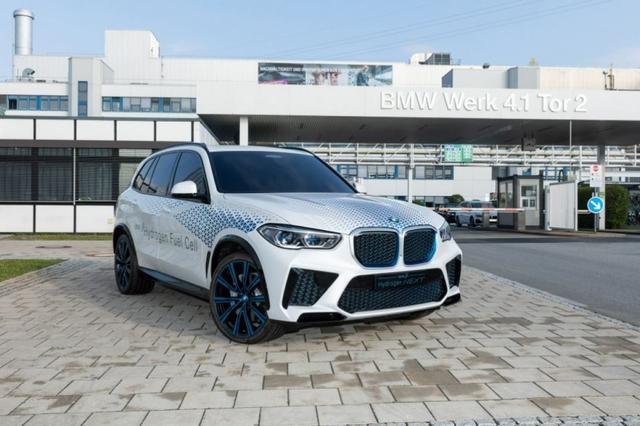 BMW X5 chạy bằng khí hydro sẽ ra mắt vào cuối năm 2022  - Ảnh 2.