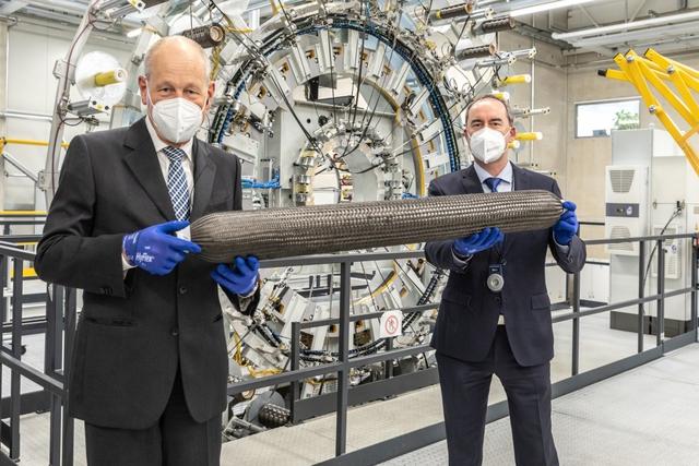 BMW X5 chạy bằng khí hydro sẽ ra mắt vào cuối năm 2022  - Ảnh 3.