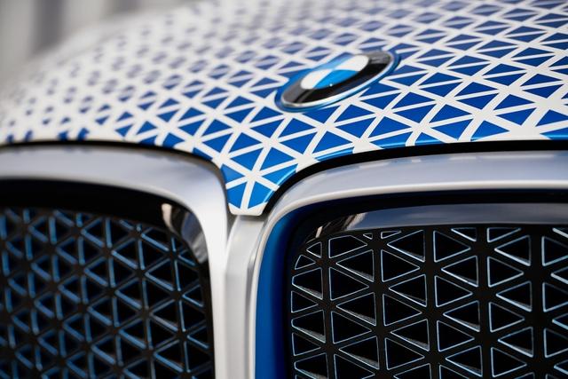 BMW X5 chạy bằng khí hydro sẽ ra mắt vào cuối năm 2022  - Ảnh 5.