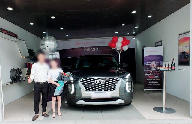 Hyundai Palisade liên tục được bán tại đại lý, tới tay khách Việt với giá đồn đoán 2,5 tỷ đồng - Ảnh 2.