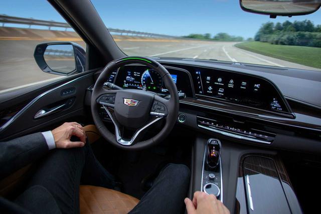 Volkswagen cho dùng thử công nghệ với giá gần 200.000 đồng/giờ khiến khách hàng phẫn nộ - Ảnh 2.
