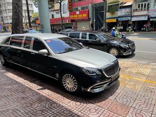Thêm biệt thự di động Mercedes-Maybach S 650 Pullman về Việt Nam với ngoại hình dễ gây nhầm lẫn - Ảnh 1.