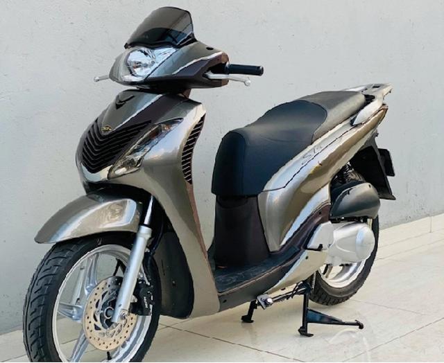 Choáng váng với chiếc SH 150i 10 năm tuổi có giá bán gần 900 triệu đồng - Ảnh 4.