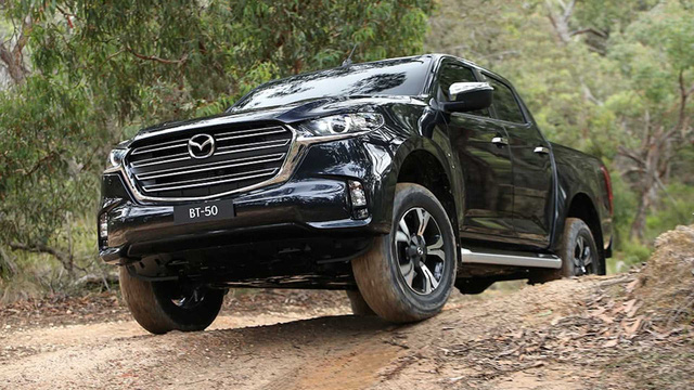Mazda BT-50 2021 nhận cọc tại đại lý: Giá dự kiến từ 659 triệu, đầu như CX-8, động cơ mới, đáp trả Ford Ranger - Ảnh 6.