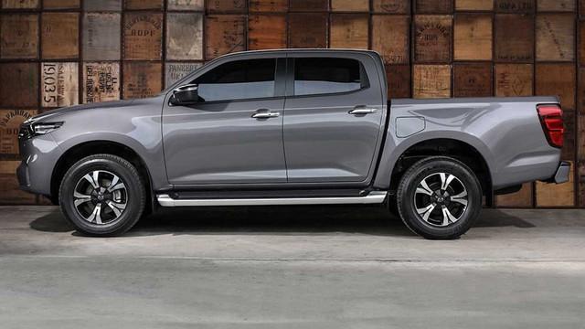 Mazda BT-50 2021 nhận cọc tại đại lý: Giá dự kiến từ 659 triệu, đầu như CX-8, động cơ mới, đáp trả Ford Ranger - Ảnh 3.