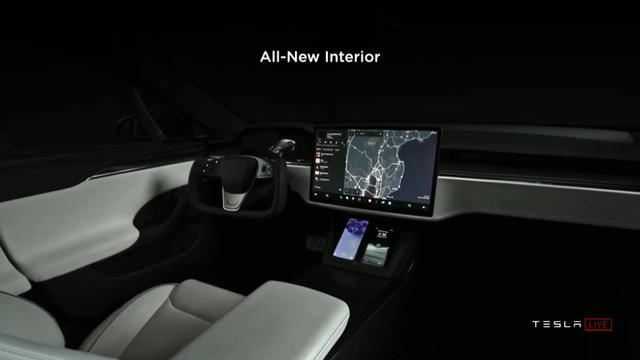 Elon Musk ấp úng khoe chiếc xe điện tuyệt nhất Tesla đang có: một cục pin dự phòng/thiết bị giải trí/máy đọc suy nghĩ biết chạy cực nhanh - Ảnh 13.