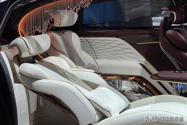 Ô tô Trung Quốc lắp hẳn đèn chùm như khách sạn 5 sao, quyết vượt mặt Rolls-Royce có bầu trời sao - Ảnh 4.