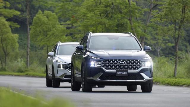 5 xe gầm cao bán chạy tháng 5/2021: Hyundai Santa Fe lần đầu lên đỉnh - Ảnh 1.